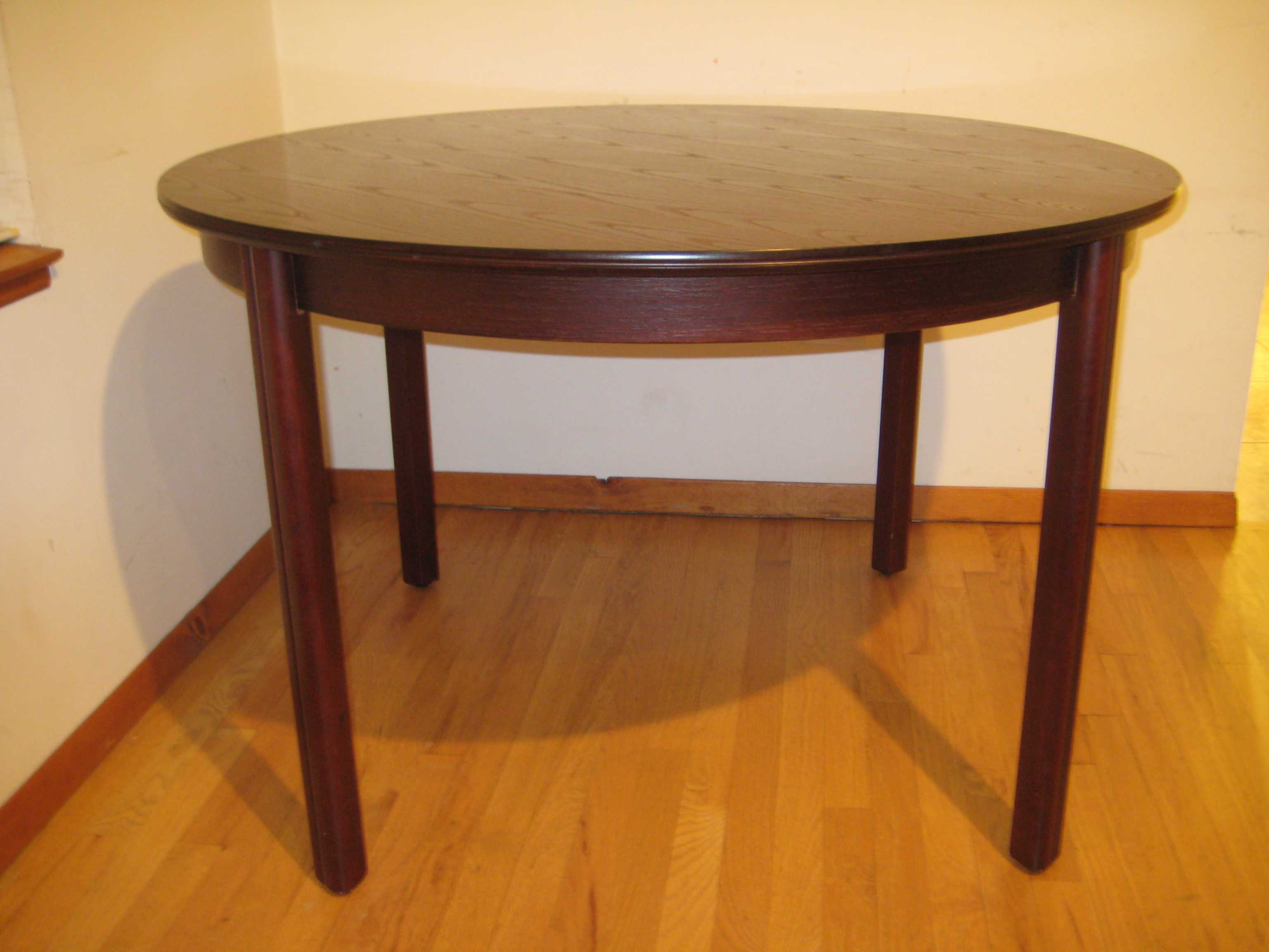 round mahogany dinner table dining room furniture high end furniture